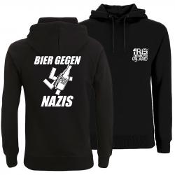 taillierter Hoodie  - Bier gegen Nazis von Freidenkeralarm