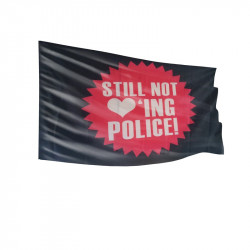 Still not loving Police - Fahne-